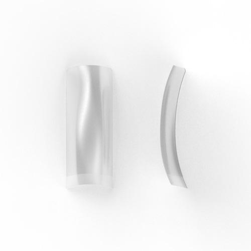 100 stuks, nagel tips CLEAR / TRANSPARANT met kort opzetstuk in een nagel box.